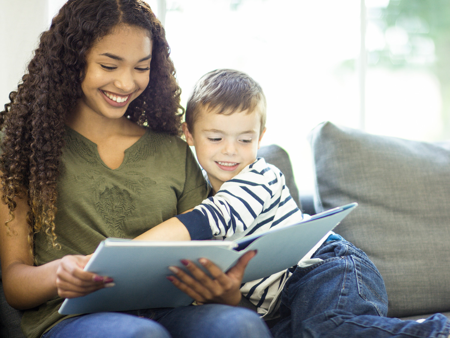 How Poems for Kids Boost Reading Skills | Scholastic | Parents