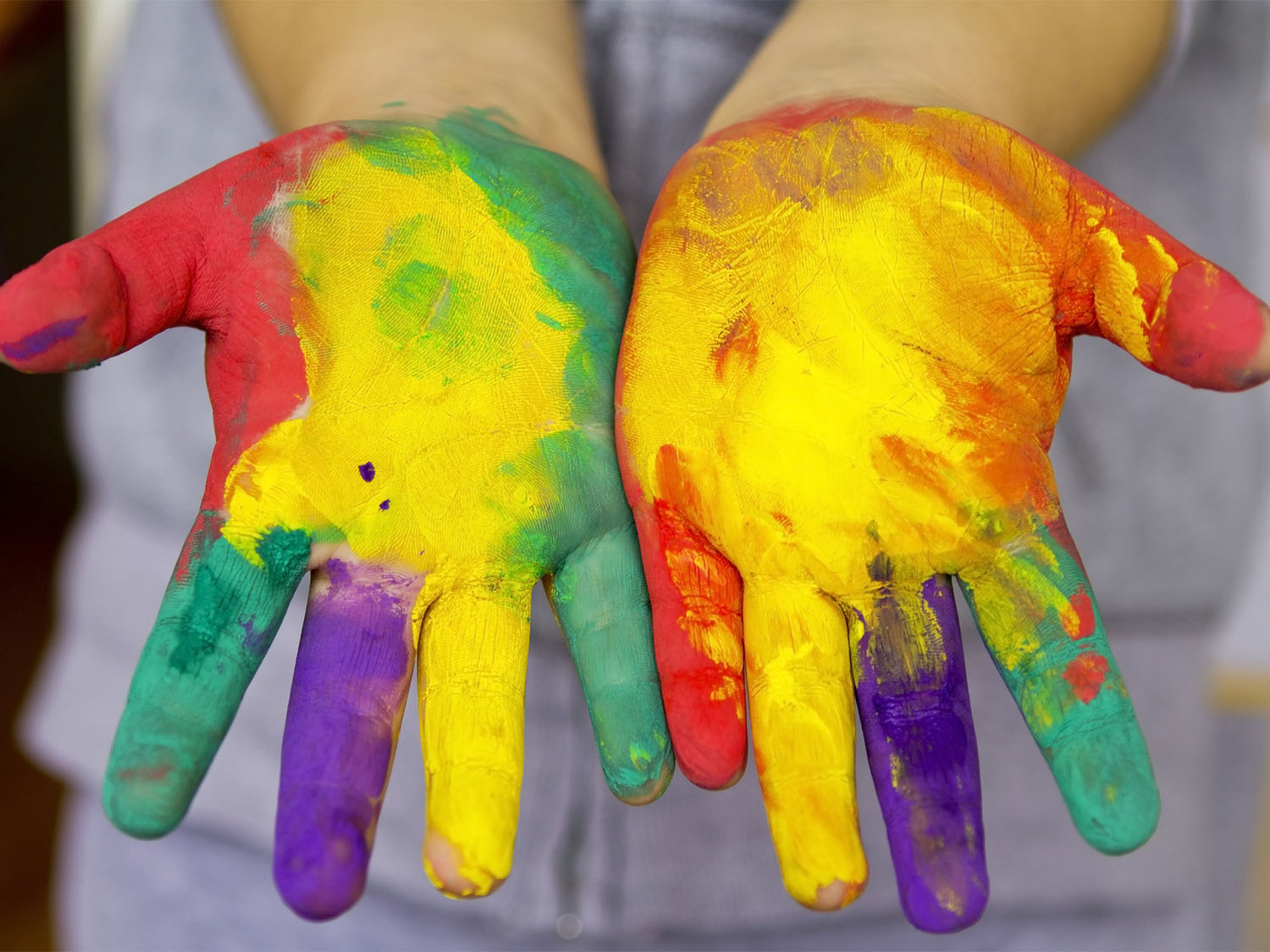 Finger Painting With Toddlers Debunking My Own Myths Scholastic Parents
