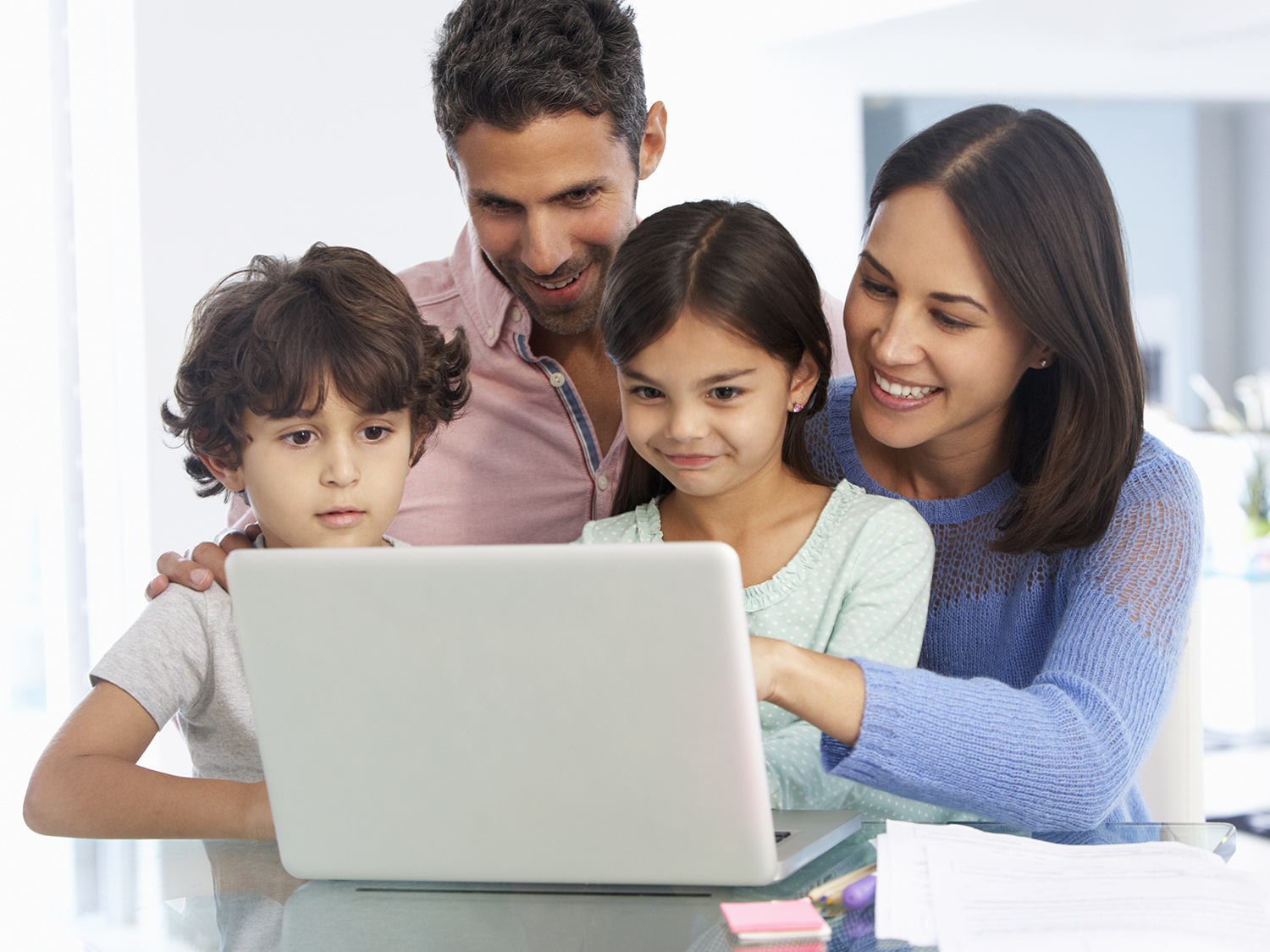 5 Internet Safety Tips for Kids 3-5 | Scholastic | Parents