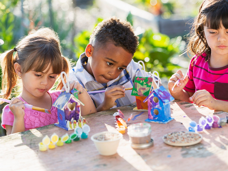 7 Eco-Friendly Backyard Activities for Kids | Scholastic ...