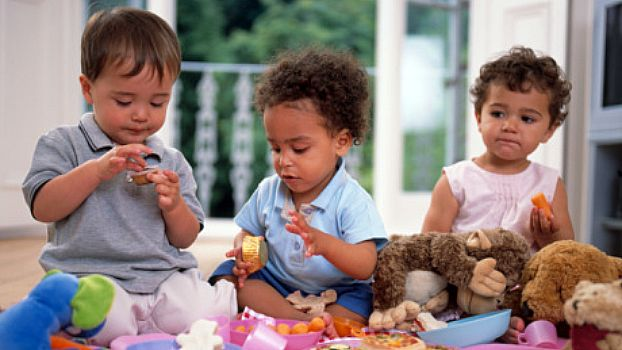 helping toddlers play together scholastic parents