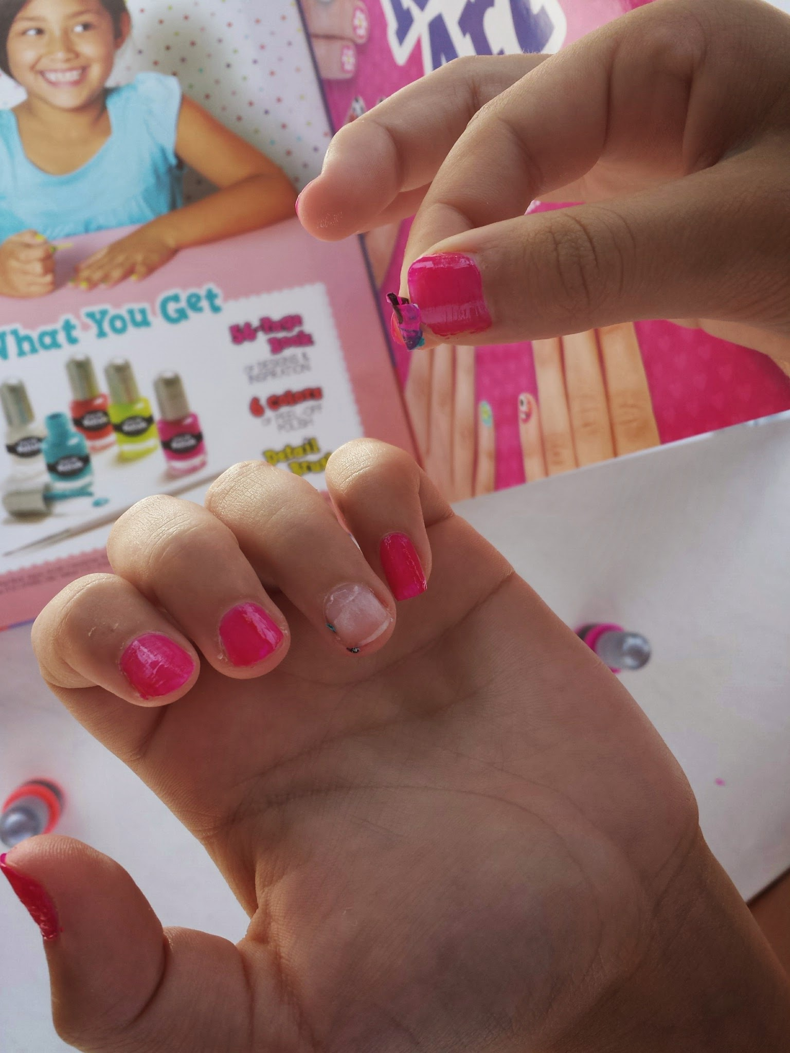 Read Paint Klutz Nail Art For Poolside Summer Fun With Friends