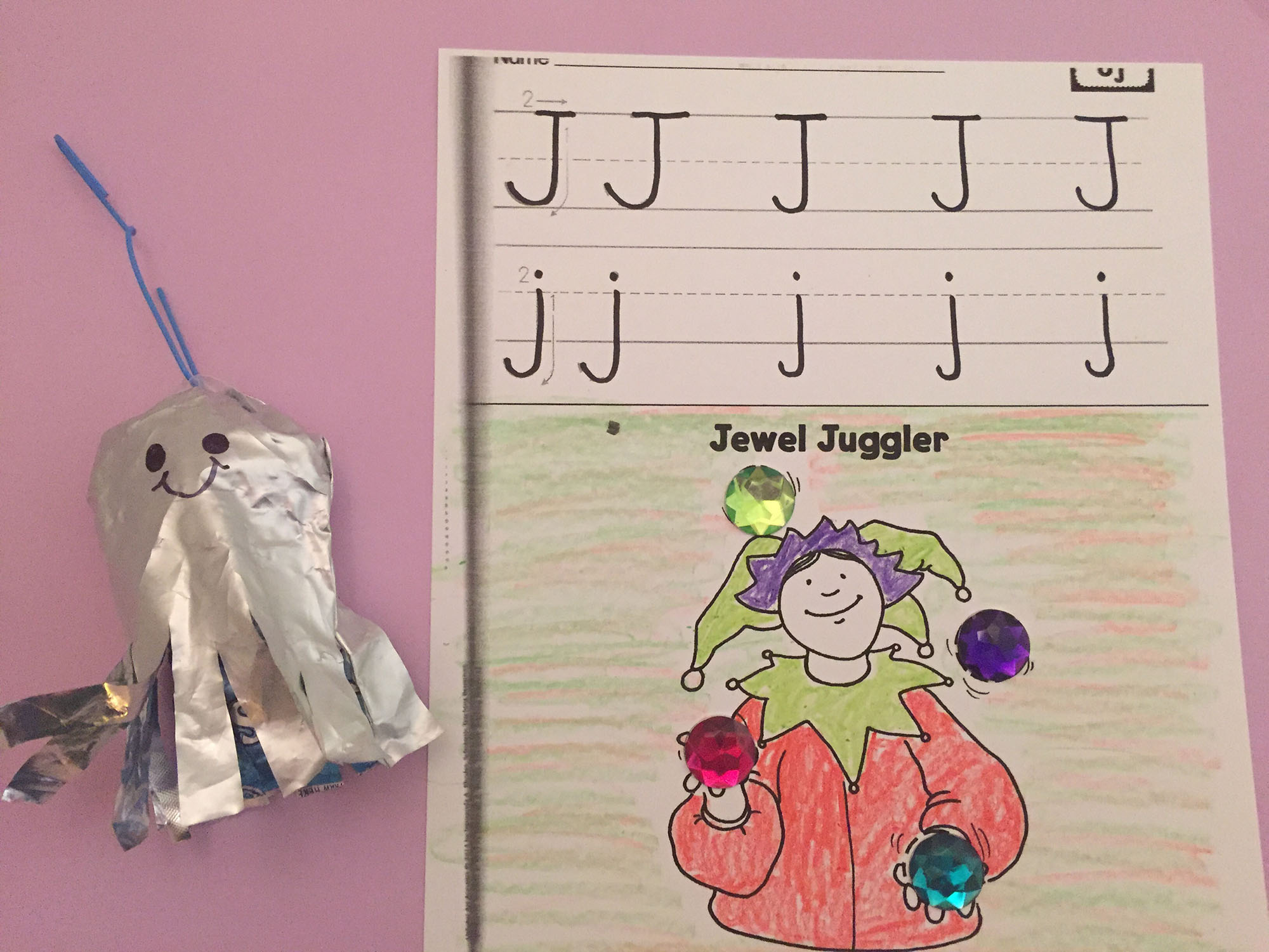 Juice-Pouch Jellyfish and Jewel Juggler