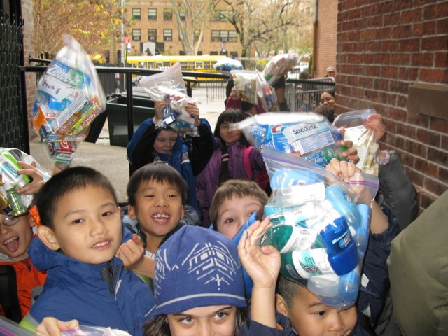 Students deliver toiletries to the soup kitchen.