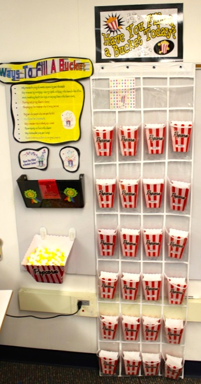 Hands-On Bulletin Boards: Geography, Math, and More ...