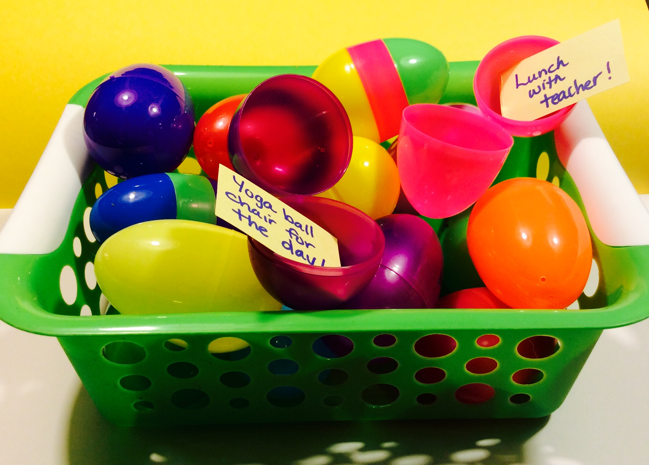 10 Creative Uses for Plastic Eggs in the Classroom