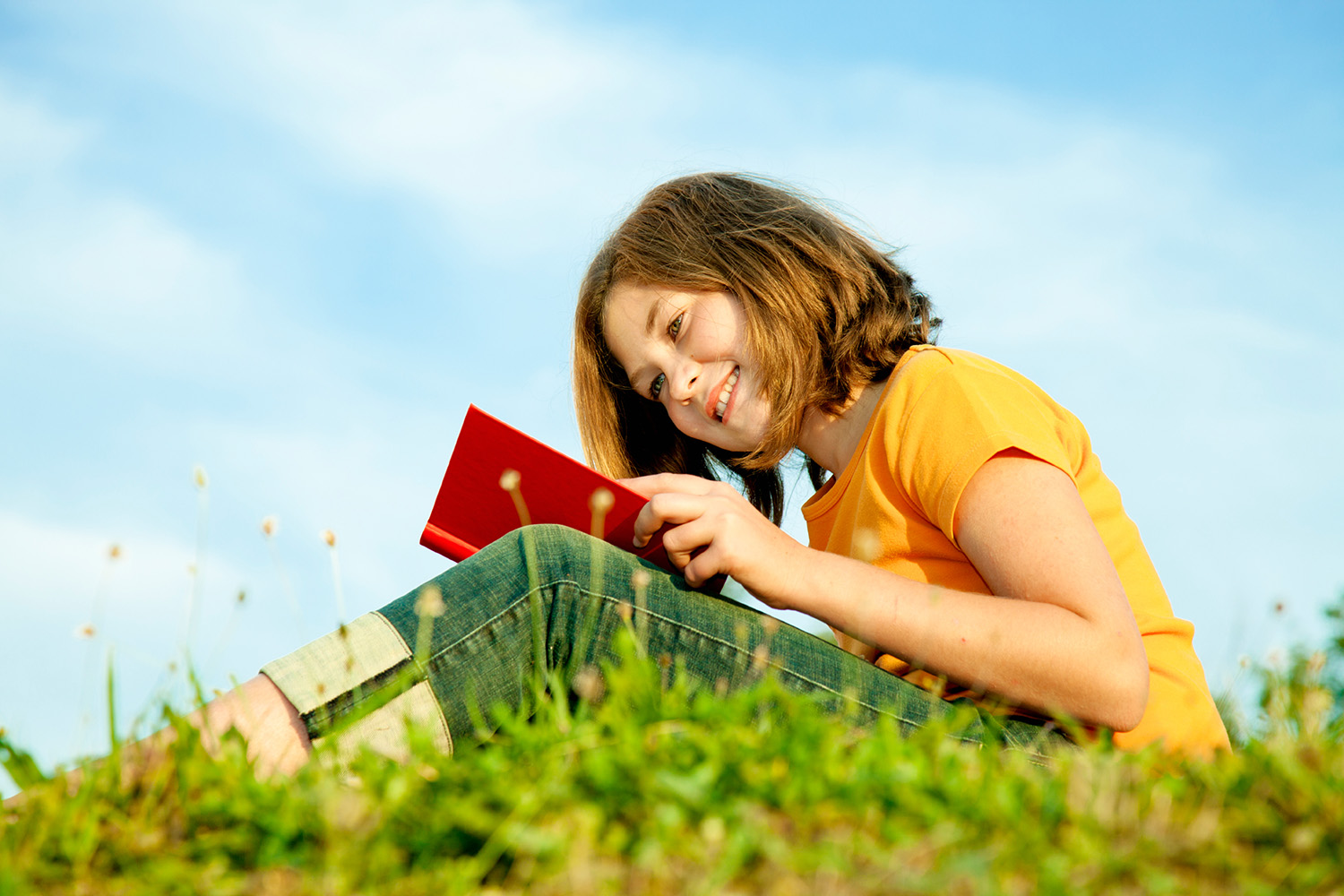 Avoid the Summer Slide With These Fun Summer Reading Ideas