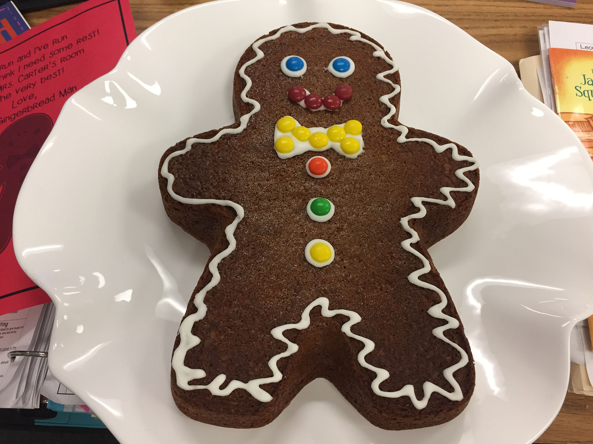 Blues clues gingerbread boy Red Shirt If You Would Like To Do Gingerbread Hunt With Your Kids Here Is Complete Set Of The Clues The Gingerbread Man Leaves Behind Have Fun Amazoncom Days Of Gingerbread Fun Scholastic