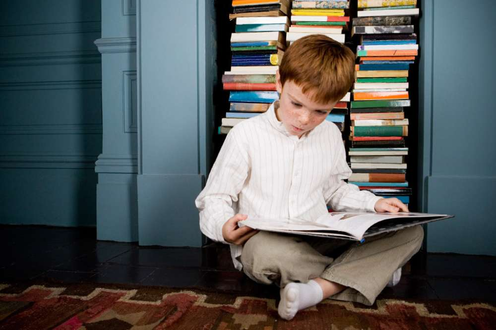 4 Ways to Make a Home Library for Your Kids
