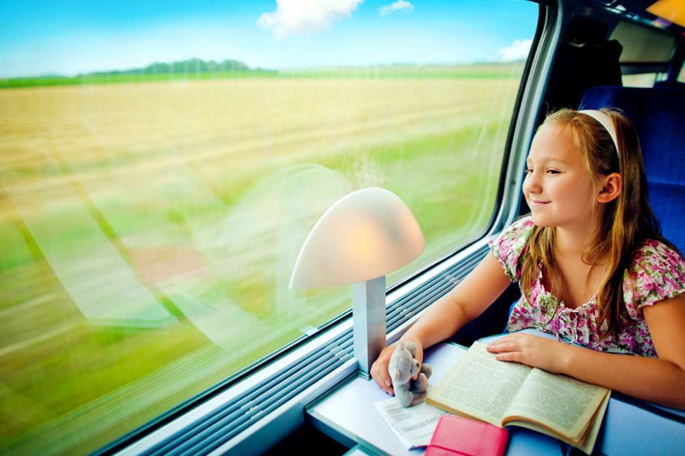 9 Books for Kids Who Love Traveling