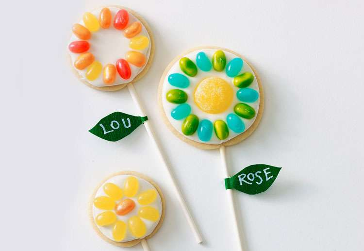 Jelly Bean Cookie Pops Recipe