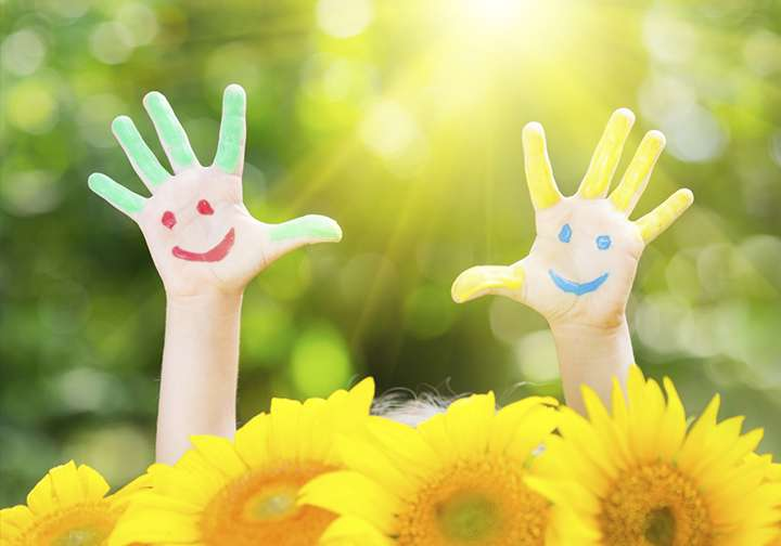 5 Happy & Colorful Handprint Art Ideas for Spring